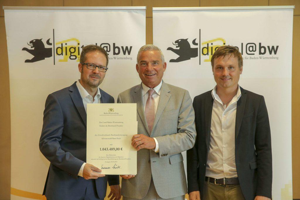 Das Land Baden-Württemberg fördert den Breitbandausbau im Schwarzwald-Baar-Kreis mit knapp 1.044.000 Euro